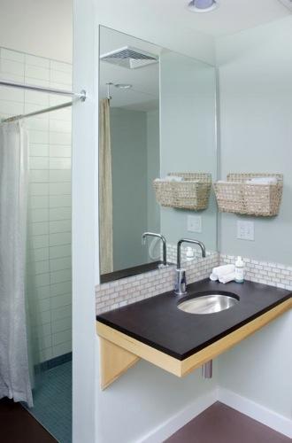 Rheal shower