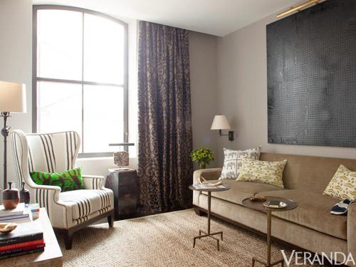 VERANDA HEARST SHOW HOUSE ANTONY TODD LIVING ROOM NEUTRALS