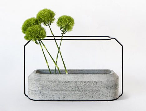 CONCRETE AND WIRE VASE