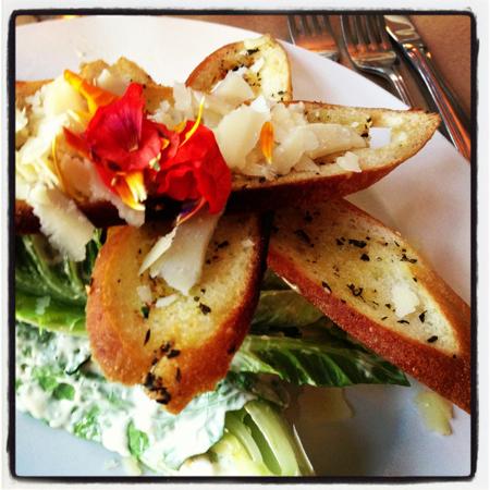 parmesan-croutons-caesar-salad