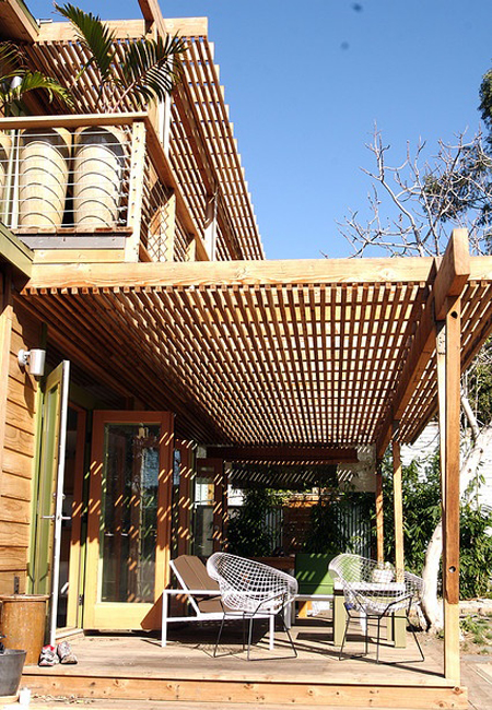 deck-with-trellis