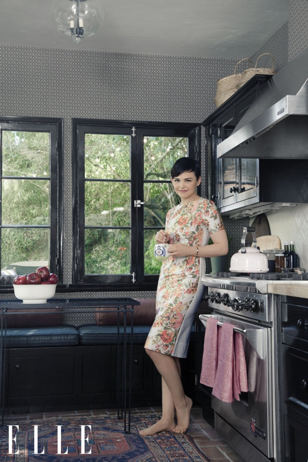 ginnifer-goodwin-elle-kitchen-rug