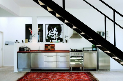 stainless-kitchen-with-kilim-CPH Square,
