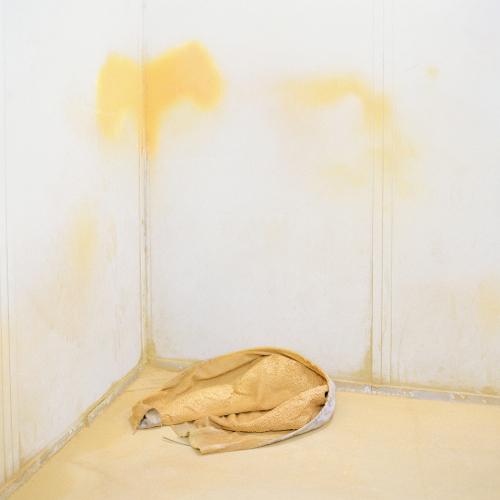 naho-kubota-yellow-room-2