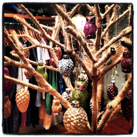 pod-boutique-holiday-ornaments
