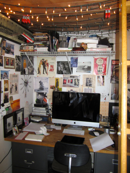 stephen-sheffield-studio-desk