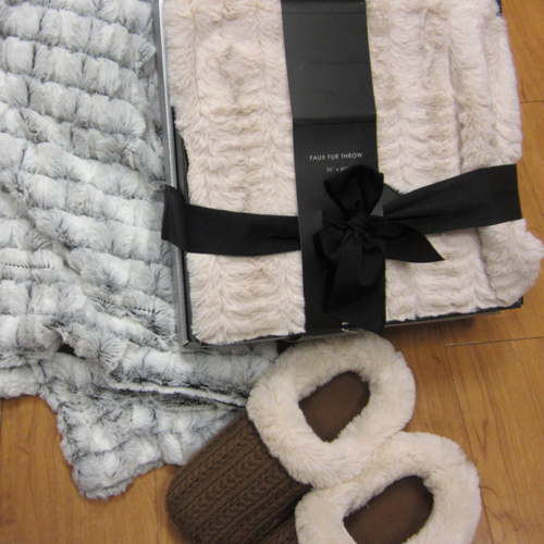 faux-fur-throws