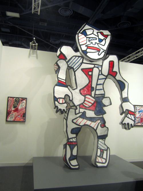 jean-dubuffet-giant-sculpture