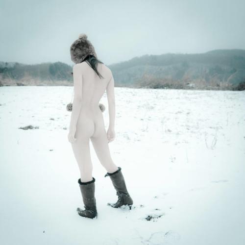 snow-white-takaki-hashimoto