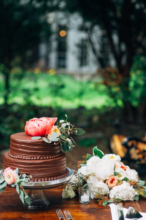 garden-wedding-chocolate-cake-fat-orange-cat-studio