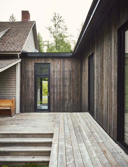 Canadian Contemporary Architecture With Vertical Cedar Siding
